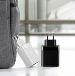 Сетевая зарядка 4 USB порта Baseus Mirror Lake Digital Display 4 USB Travel Charger 30W